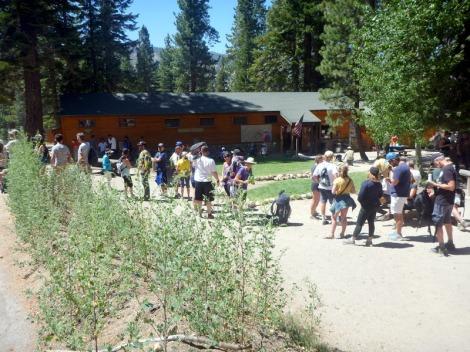 Reds Meadow Bus queue